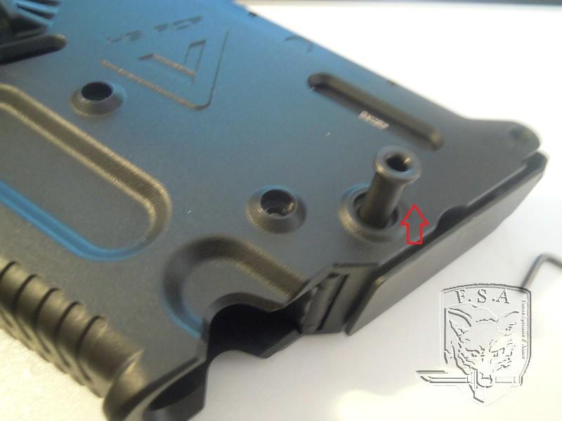 [Notice] Démontage du corps du kriss pour installation des stickers Dscn3023