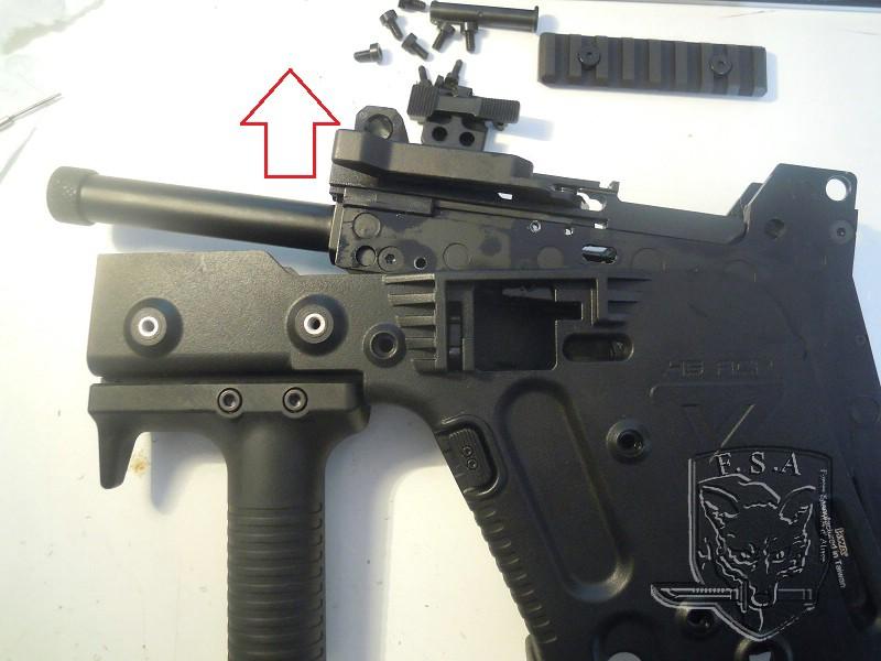 [Notice] Démontage du corps du kriss pour installation des stickers Dscn3029