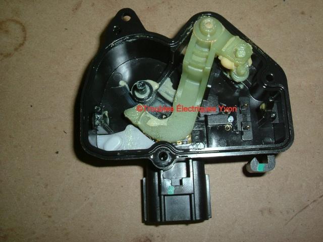 Mazda 5 2007 barure électrique, porte coulissante démonté Mazda_12