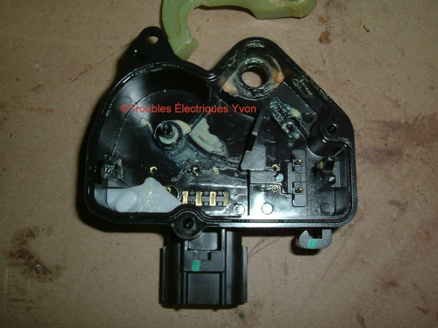 Mazda 5 2007 barure électrique, porte coulissante démonté Mazda_15