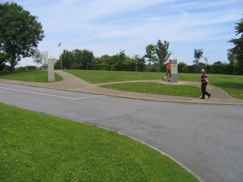 Monument WW2 - Amfreville ( France ) Img_6012