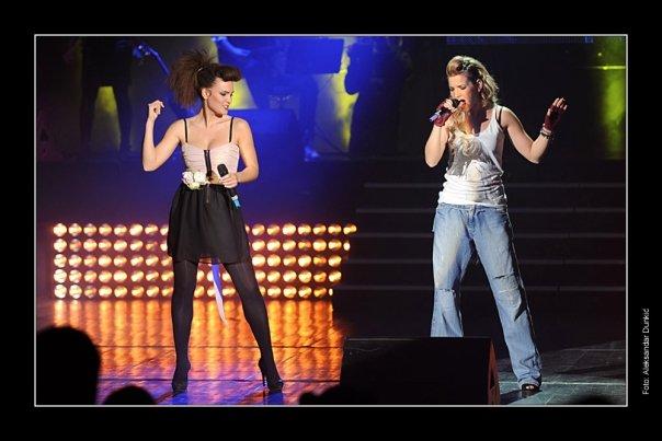 Oprostajni koncert OT u Sava Centru 15.12.2009 - Page 2 16649_18