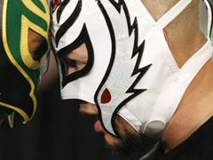 The luchador Gold veulent les ceinture par équipe Entran14