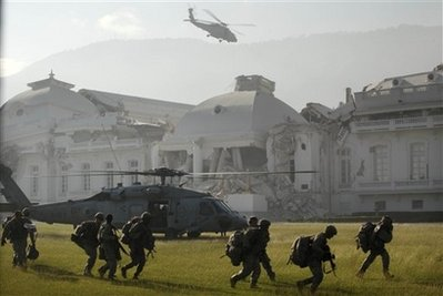 82nd Airborne troops land in Haiti A_u_s_11