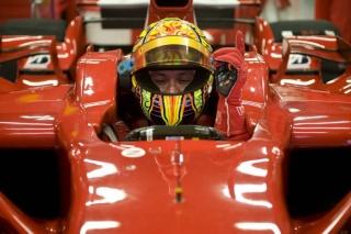 Rossi con el F2008 de Ferrari en Montmeló Valent10