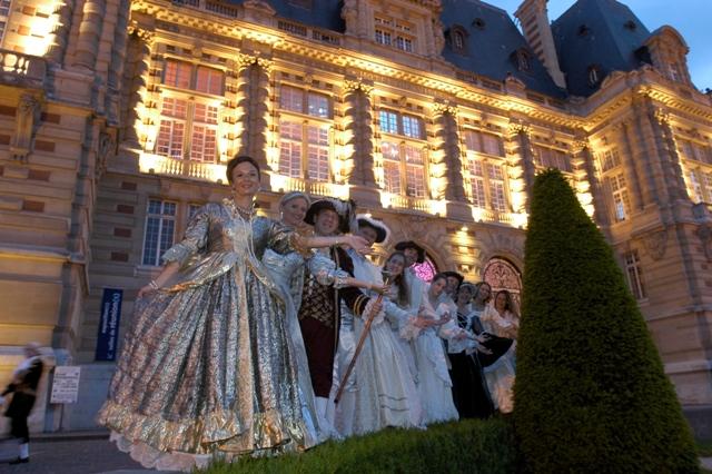 le bal de Versailles 2004, Hotel de ville Arrive13