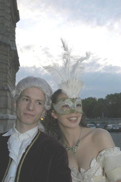 Le bal de Versailles 2005, Hotel de ville Arrive14
