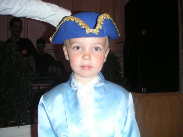 Les enfants au Bal de Versailles Bal15411