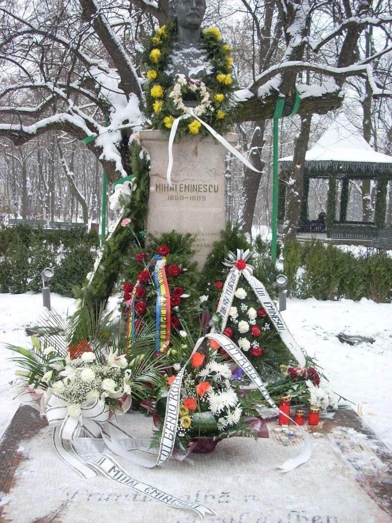 15 ianuarie 2010-ziua de nastere a lui Mihai Eminescu sarbatorita in Parcul Copou 15_ian10
