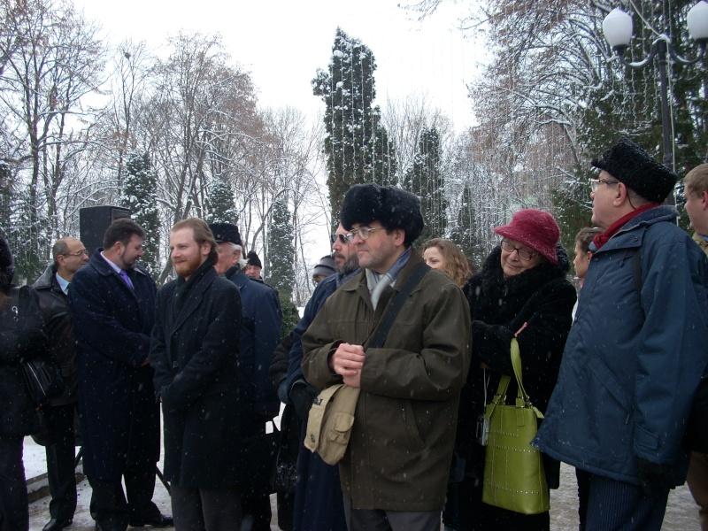 15 ianuarie 2010-ziua de nastere a lui Mihai Eminescu sarbatorita in Parcul Copou 15_ian12