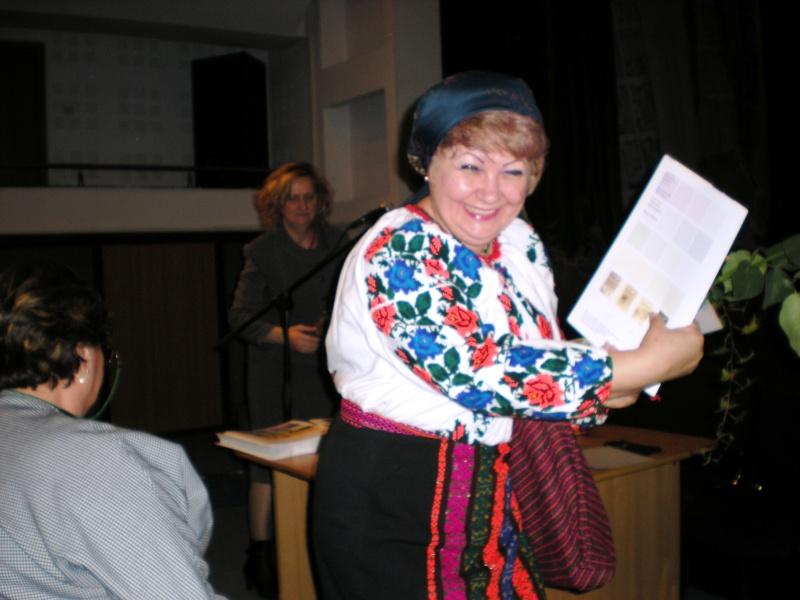 11 decembrie 2009-lansarea ultimului volum din Ciclul Anotimpurilor-Universul Prieteniei-Iarna Pictur12