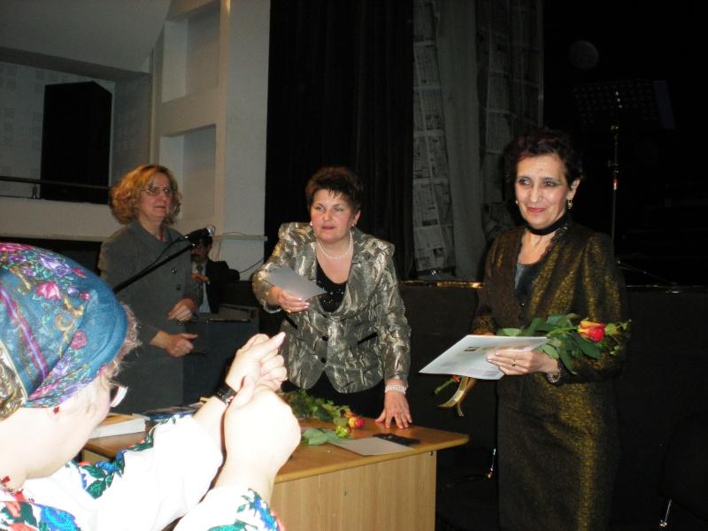 11 decembrie 2009-lansarea ultimului volum din Ciclul Anotimpurilor-Universul Prieteniei-Iarna Pictur13
