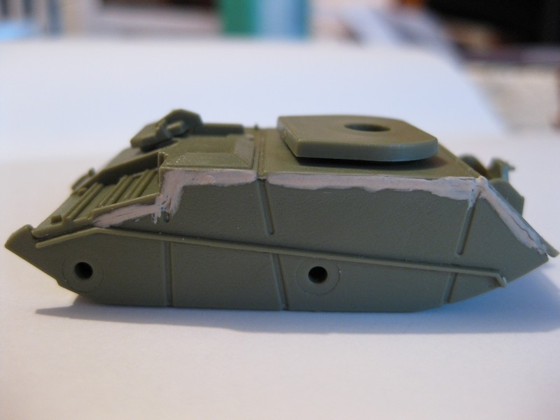 Vickers Light Tank Mk. VI a/b/c  [Airfix , 1/76 ] FINI ! Photo241