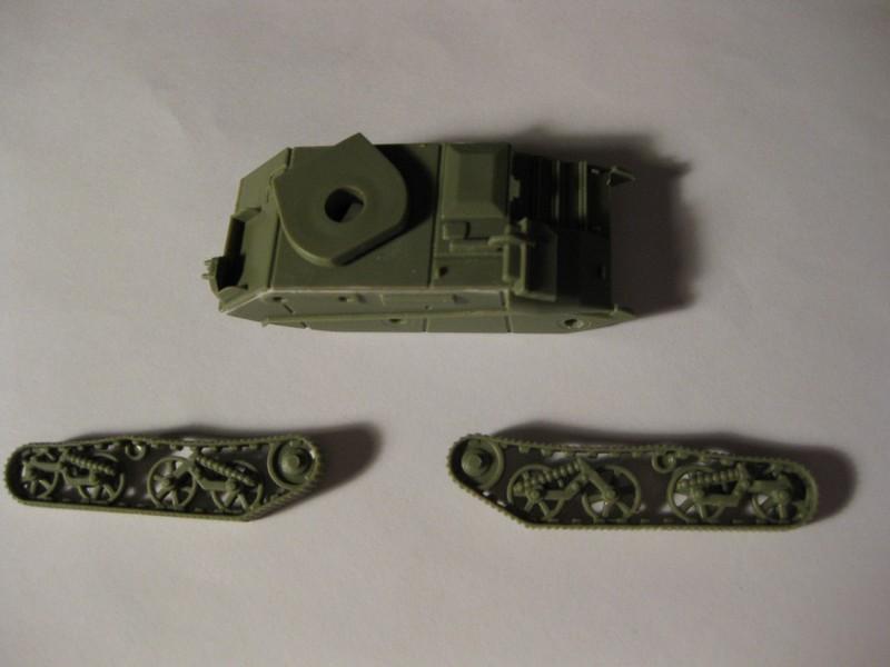Vickers Light Tank Mk. VI a/b/c  [Airfix , 1/76 ] FINI ! Photo251