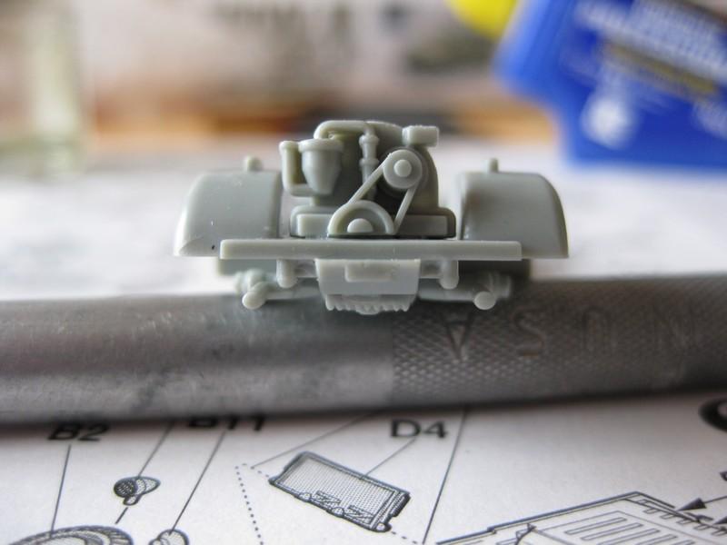 Kubelwagen ,WW.II Ground Vehicle Set [Academy 1/72 ] FINI! Photo318