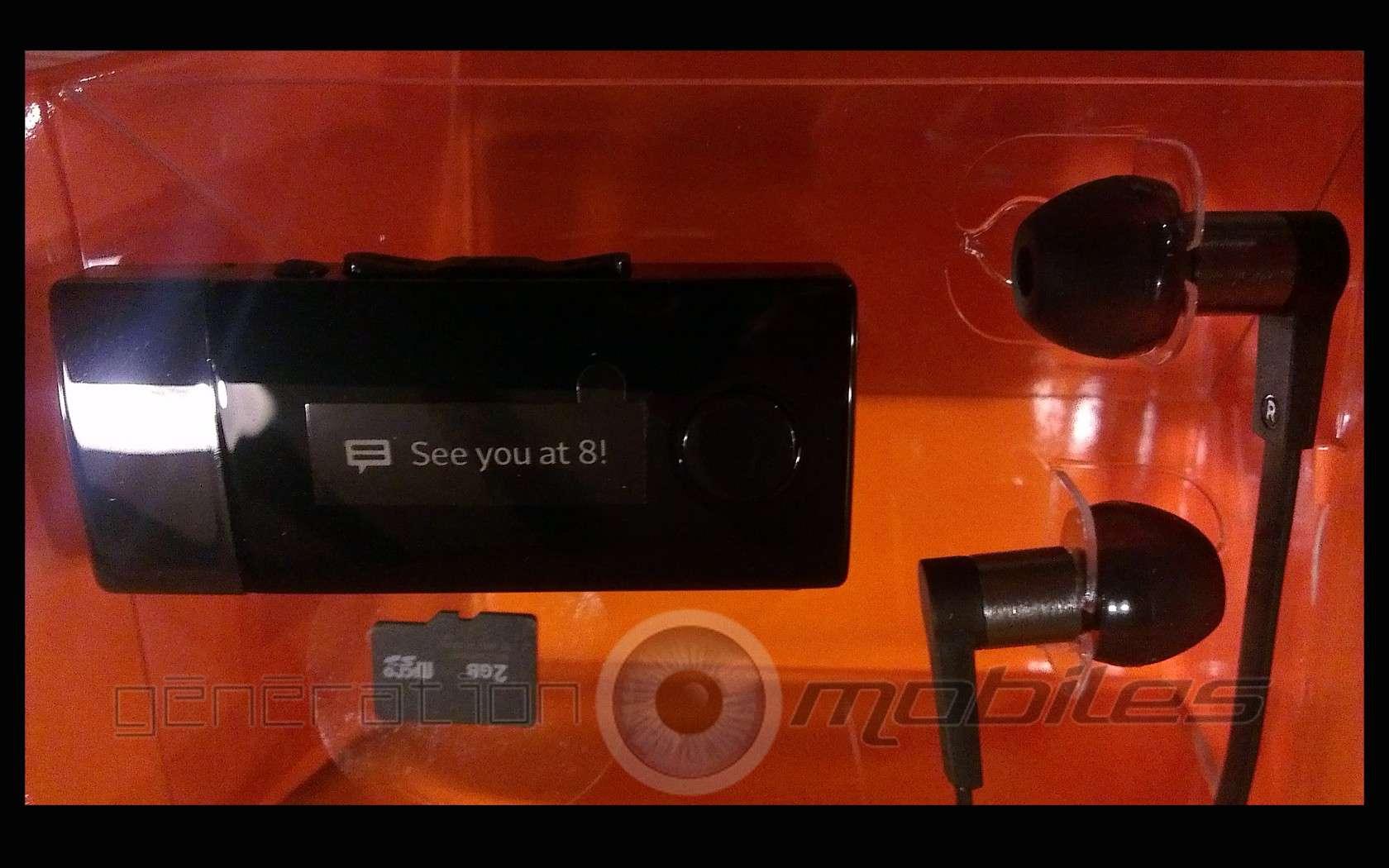 [MOBILEFUN.FR] Test du Sony Smart Wireless Headset Pro MW1 Boite210