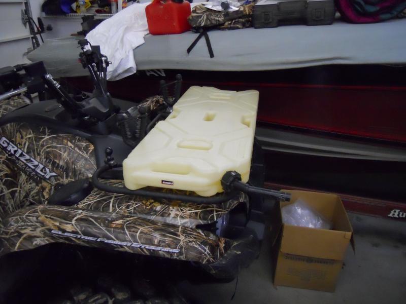 Kolpin Flat Pack Gas Tank for sale Dscn0011