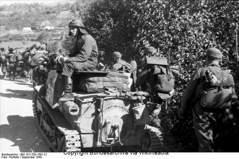 Guérilla et contre-guérilla dans les Balkans [Dossier photo] 60363910
