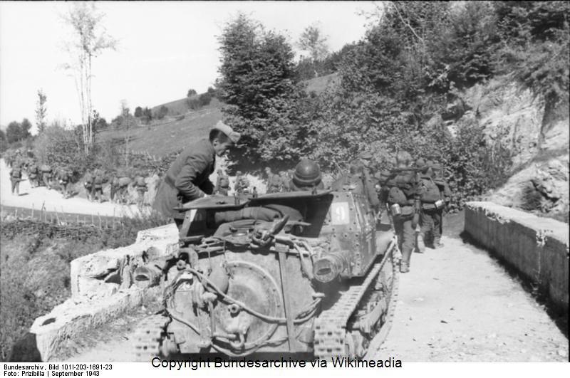 Guérilla et contre-guérilla dans les Balkans [Dossier photo] 60363911