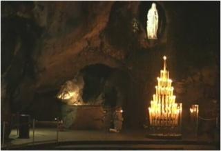 Sainte et Joyeuse fête de l'IMMACULÉE-CONCEPTION* à tous! Grotte10