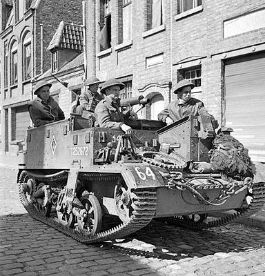 Universal Carriers Infant10