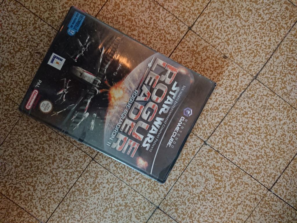 [ESTIM] Star wars rogue leader Gamecube . NEUF BLISTER UN PEU FATIGUE Dsc_5612