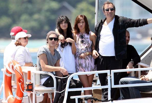 Zac, Vanessa And Ashley Enjoy A Boat Ride In Sydney 1032