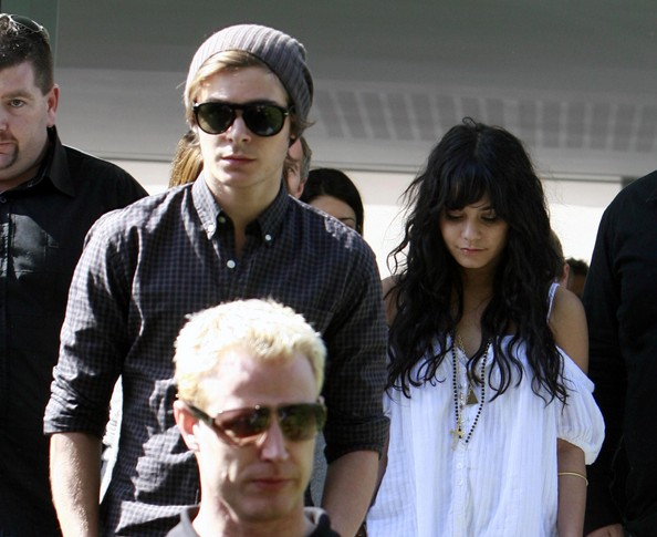 Zac, Vanessa And Ashley Leaving Catalinas Restaurant In Sydney 1322