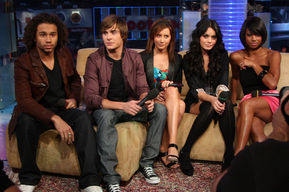 """MTV's """"TRL"""" Presents The Cast Of """"High School Musical 3"""" 1323"""
