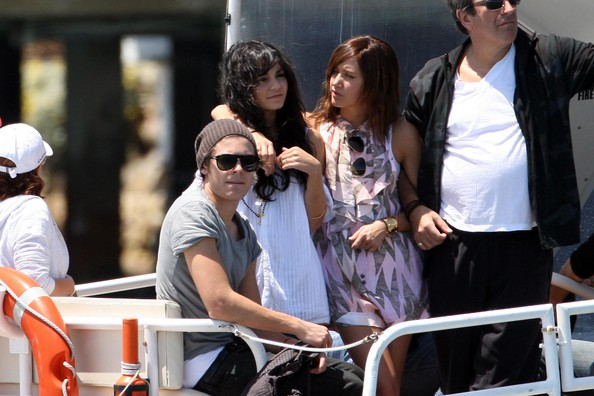 Zac, Vanessa And Ashley Enjoy A Boat Ride In Sydney 1919