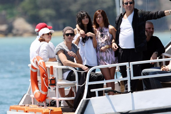 Zac, Vanessa And Ashley Enjoy A Boat Ride In Sydney 2020