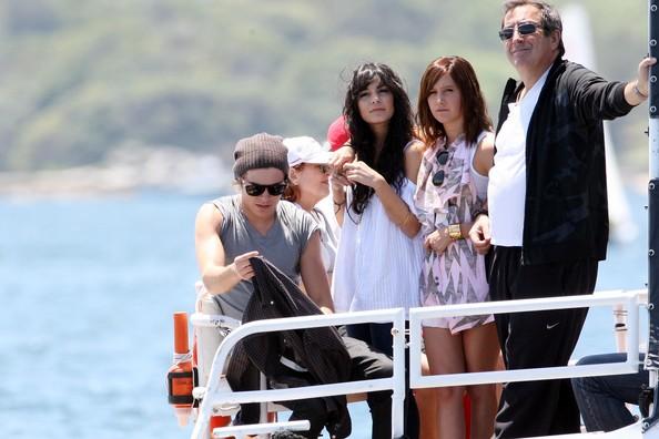 Zac, Vanessa And Ashley Enjoy A Boat Ride In Sydney 2118