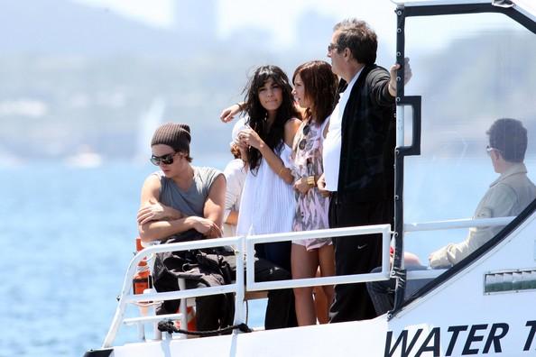 Zac, Vanessa And Ashley Enjoy A Boat Ride In Sydney 2219