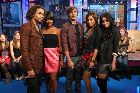 "MTV's ""TRL"" Presents The Cast Of ""High School Musical 3"" - Page 2 2614"