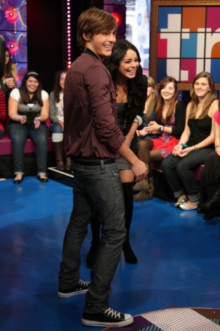 "MTV's ""TRL"" Presents The Cast Of ""High School Musical 3"" - Page 2 2814"
