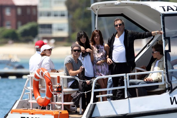 Zac, Vanessa And Ashley Enjoy A Boat Ride In Sydney - Page 2 3312