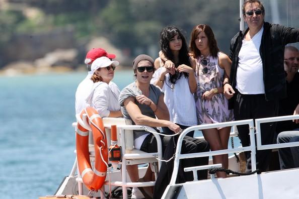 Zac, Vanessa And Ashley Enjoy A Boat Ride In Sydney 634