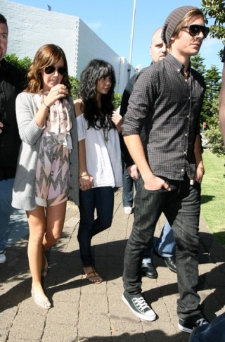Zac, Vanessa And Ashley Leaving Catalinas Restaurant In Sydney 724