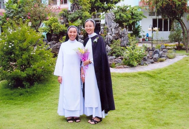 HMOOB CATHOLIC NYOB COB TSIB TEB (Hmong Catholic Vietnam) 00000010