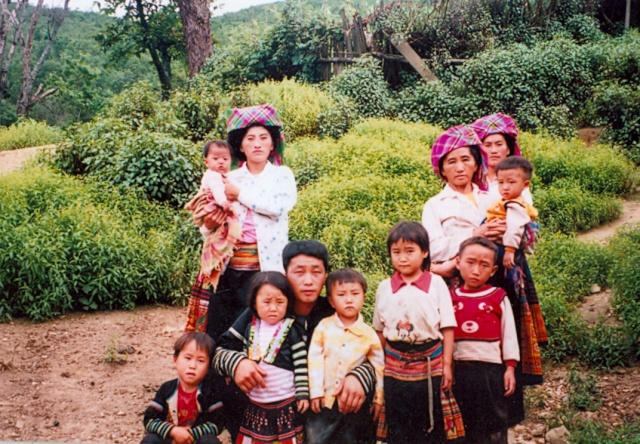 HMOOB CATHOLIC NYOB COB TSIB TEB (Hmong Catholic Vietnam) 0000010