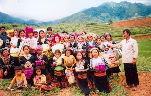 HMOOB CATHOLIC NYOB COB TSIB TEB (Hmong Catholic Vietnam) 000010