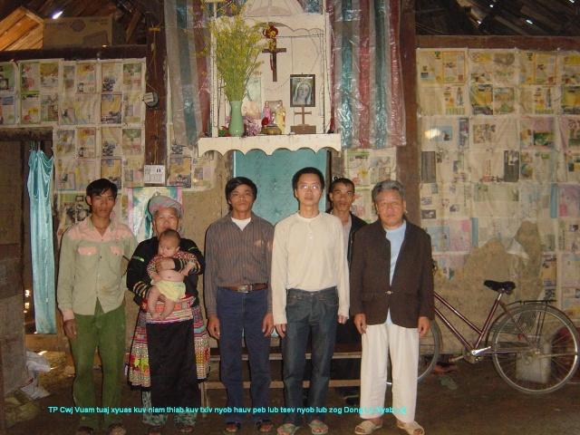 HMOOB CATHOLIC NYOB COB TSIB TEB (Hmong Catholic Vietnam) Dsc04910