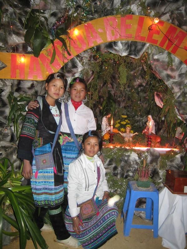 HMOOB CATHOLIC NYOB COB TSIB TEB (Hmong Catholic Vietnam) Img_2511