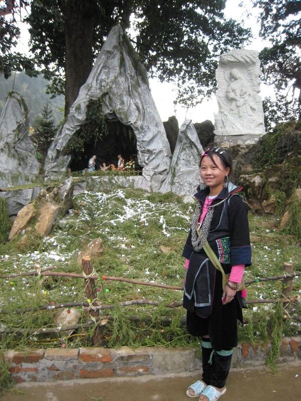 HMOOB CATHOLIC NYOB COB TSIB TEB (Hmong Catholic Vietnam) Img_2611