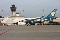 صور طائرات الطيران العماني 16021010