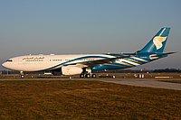 صور طائرات الطيران العماني 16325512