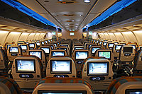 صور طائرات الطيران العماني 16368310