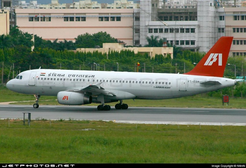 صور لطائرات لبعض الخطوط الجوية العربية والاروبية والاسوية 54789_10