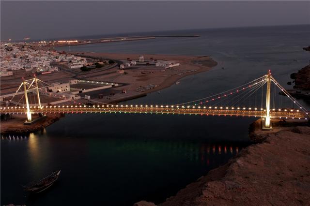 الجسر المعلق في صور العفيه 7710