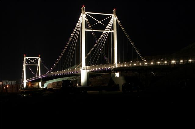 الجسر المعلق في صور العفيه 8810